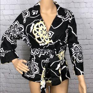 Tops - 💯 Linen blouse size Medium.